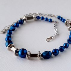 Blue bead and silver toned link necklace, refreshing blue and silver combination…