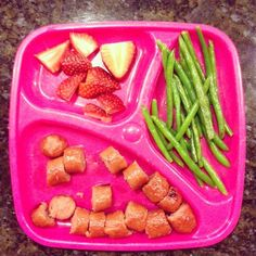 Dinner is served! Easy keto meal of two angus beef hotdogs green beans cooked in bacon grease and strawberries. #keto #ketosis #ketokid #ketogenic #diet #lchf #lowcarb #highfat #lifestyle #nutrition #dinner #easy #easymeals #mealprep #mealplan #fitkids #fitmom #foodismedicine #food #healthyhabits #healthykids #healthy #fitness #conquer by conquerhealth_and_wellness