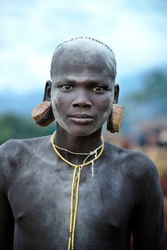 Ethiopia, Omo Valley, 2012. A man from Surma tribe, Africa, photo by Steve McCurry.