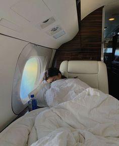 Photo Adolescent, Going On A Trip, Travel Aesthetic, Beige Aesthetic, Flower Aesthetic, Dream Life, Dream Job, Luxury Lifestyle, Millionaire Lifestyle