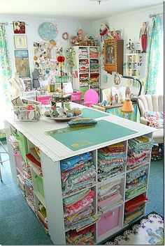 sewing room - Fabric storage under the cutting table in the middle Sewing Room Organization, Craft Room Storage, Fabric Storage, Craft Rooms, Organizing Ideas, Ribbon Storage, Storage Ideas, Paper Storage, Cube Storage