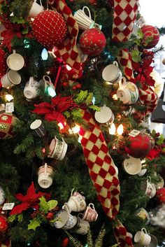 @Gwen Potter-King I feel like you could have the most AMAZING tree this year with all those beautiful leftover teacups from your wedding!! (I apologize for thinking about christmas way too early)