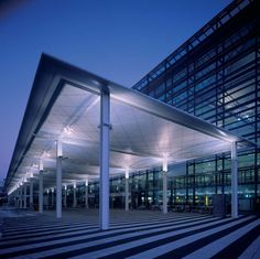 Lighting in Airports & Train Stations