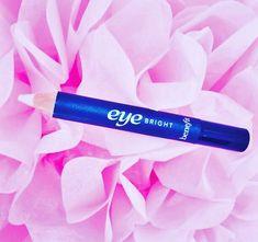 #Fridayfave #benefit #makeup #benefiteyebright #makeuptips #makeupartist #makeupblog #makeupblogger