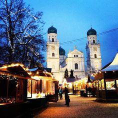 passau christmas market viking river cruise: visiting europes christmas markets