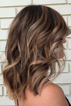 The Most Popular Wavy Hairstyles picture 3