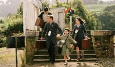 "A scene from ""The Chronicles of Narnia"" via looklikegarycooper Lucy Pevensie, Edmund Pevensie, Prince Caspian, Skandar Keynes, Narnia Cast, Star Rain, Anna Popplewell, William Moseley, Georgie Henley"
