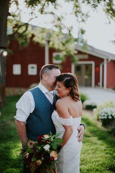 Mishelle And Joe S Intimate Michigan Wedding
