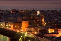 Cádiz de noche