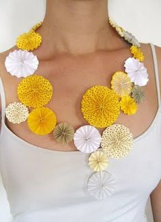 Necklace | Hila Rawet Karni.  Kipul Paper; various coloured paper in hues of White, yellow and grey.