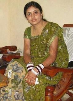 Hi,i am Sinchana in electronic city ..i am independent housewife