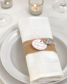 Vintage-Serviettenbanderole - Auch wenn Sie nicht so eine Nähkünstlerin sind: Dieses Schärpe kann jeder umsetzen.