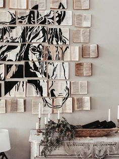 How to Make DIY Faux Vintage Book Wall Art Installation Wie DIY Faux Vintage Buch Wandkunst Installation machen Diy Wall Art, Diy Art, Wall Decor, Wall Of Art, Art Mural, Wall Murals, Headboard Art, Instalation Art, Mandala Stencils
