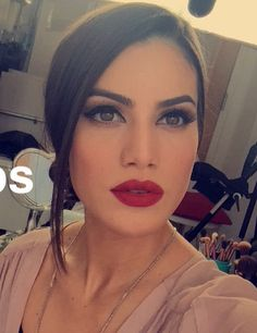 Make Up - Camila Coelho
