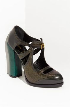 again, if i could walk in heels.imagine these with colored tights Yellow Heeled Sandals, Yellow Heels, Green Shoes, Heeled Boots, Shoe Boots, Shoes Heels, Fendi, Walking In Heels, Beautiful Shoes
