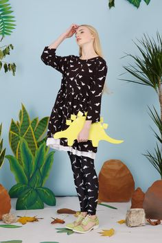 Dinosaur Print Leggings Monochrome http://www.thewhitepepper.com/collections/spring-15/products/dinosaur-print-leggings-monochrome