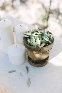 decoration mariage provence cadeaux d 39 invites bouteille d 39 huile d 39 olive savon de marseille. Black Bedroom Furniture Sets. Home Design Ideas