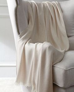 Shop Argento Throw from Annie Selke Luxe at Horchow, where you'll find new lower shipping on hundreds of home furnishings and gifts. Bed Throws, Throw Pillows, Linen Bedding, Bed Linen, Farmhouse Chic, Bed Design, Luxury Bedding, Home, Annie