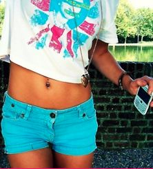 luvving the blue shorts/Belly shirt combo(: