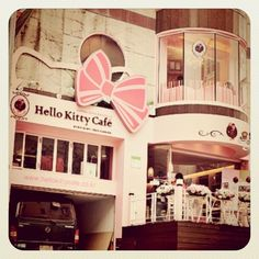 Hello Kitty Cafe. WHERE IS THIS, THIS IS MY DREAM PLACE!