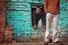 New Delhi India.  #india #streetphotography #candid #color #newdelhi #marjilang #delhi #streetphotographyindia #_soi #indiapictures #storiesofindia #_coi #lonelyplanetindia #ig_indiashots #streetphotographers #everydayindia #everydayasia #indiaclicks #indiagram #indiapictures #indiaphotosociety #indiaclicks #indianstreets #natgeoindia #Delhigram #OurDelhi #DelhiHai #lensculture #canon_photos #reportagespotlight