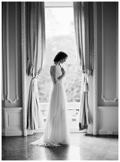 Reminds me of an idea I have using the Biltmore house terrace through the window. Delphine2