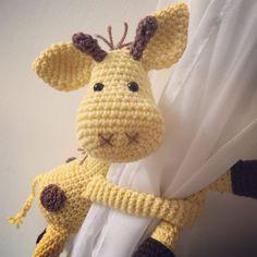 Cortina de jirafa tira crochet hecho a mano por niceandcosee