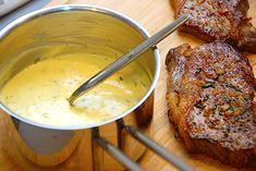 Sauce bearnaise - bearnaisesovs der aldrig skiller via Bernaise Sauce, Danish Food, Mashed Potatoes, Dips, Steak, Keto, Lchf, Pork, Dinner