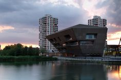 Canada Water Library in Southwark, London by CZWG Architects (2011). Photographs are by Pawel Paniczko.