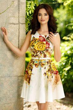 Rochii Romania is under construction Bodycon Dress, Graduation, Casual, Floral, Bella, Dresses, Fashion, Vestidos, Moda