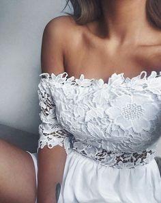 https://www.facebook.com/MosquitoPL/photos/a.238540349514222.65272.144443655590559/1243949238973323/?type=3&theater #white #elegant #dress #style #fashion #girl #women