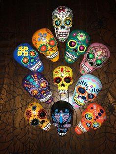 Stone Crafts, Rock Crafts, Skull Crafts, Sugar Skull Art, Sugar Skulls, Mexican Wall Art, Painted Rocks, Hand Painted, Skull Wallpaper