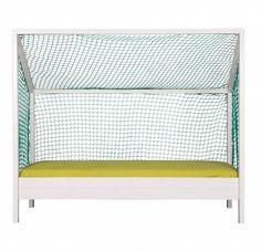 Welk kind wilt dit nou niet! Super leuk voor de jongens die van voetbal houden is het voetbalbed van Lef collections. Leuk speelgoed en een bed in 1. Makkelijke