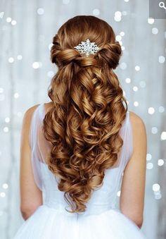Bruidskapsel krullend lang haar