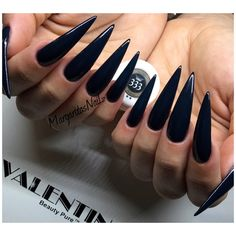 Stiletto Nails have become very popular in recent years. Nothing is sharper than Stiletto Nail Designs. When you combine the Stiletto Nail Designs with some avant-garde designs, they are the best. But if you're looking for the classic Stiletto Nail D Long Black Nails, Black Stiletto Nails, Best Acrylic Nails, Acrylic Nail Designs, Nail Art Designs, Goth Nails, Sexy Nails, Grunge Nails, Exotic Nails