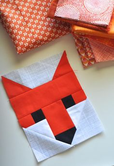 Fox quilt block by Red Red Completely Red. Fancy Fox pattern by Elizabeth Hartman.