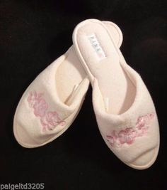 7cc79fcc7caaa 98 Best Vintage Slippers images in 2015 | Womens slippers, Boudoir ...