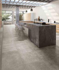 Breaking: The latest kitchen design trends for 2018 / 2019 Latest Kitchen Trends, Latest Kitchen Designs, Modern Kitchen Design, Modern House Design, 2019 Kitchen Trends, Concrete Kitchen, Kitchen Flooring, Kitchen Furniture, Kitchen Interior