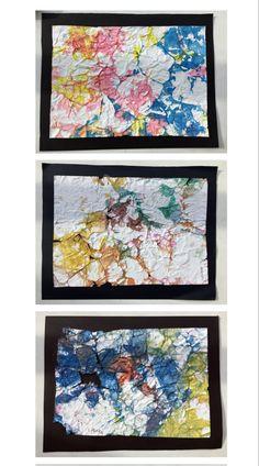 Paper reciclat amb aquarel.les. Arrugar el paper com una pilota i pintar-ho tot amb un sol color d'aquarel.la. Quedarà tot pintat?..... repetir el procés amb 3 colors diferents.