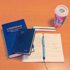 いいね!128件、コメント3件 ― chieさん(@chiesunafukin)のInstagramアカウント: 「英語の勉強🎵 #english #study #learn #notebook #starbucks #能率手帳 #能率手帳ゴールド #能率手帳gold #みんなの手帳部 #手帳 #英語…」