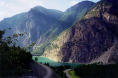 sea to sky highway british columbia | the sea to sky highway was conveniently named for doing exactly what ...
