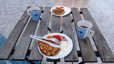 Delicious Finnish blinis with smetana, onions and two different kinds of fish roe Scandinavian Food, Onions, Restaurant, Fish, Group, Drinks, Day, Board, Drinking