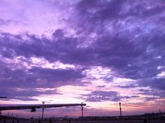 O céu paulista, às seis da manhã.