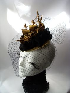 Ship Headdress gold black tulle aristocrat Rococo by KopfTraeume
