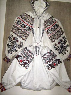 FolkCostume&Embroidery: More on the costume and embroideryl from Sokal' region, Ukraine Russian Embroidery, Folk Embroidery, Embroidery Patterns, Ukraine, Costumes Around The World, Ukrainian Art, Pin Collection, Bomber Jacket, Vintage Fashion