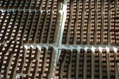 """Un """"mare a quadretti"""" di cioccolatini Venchi, il cioccolato dal 1878  @venchi1878 - #SocialFoodeWine #Cuneo #Piemonte #Cioccolato #cioccolato - ph. C. Pellerino"""