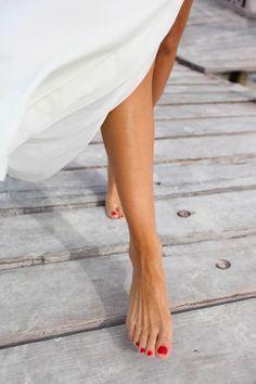 I love you My love : Fotoğraf Beautiful Toes, Pretty Toes, Julienne Hough, Foto Fashion, Barefoot Girls, Feet Nails, Toenails, Manicure Y Pedicure, Foot Toe