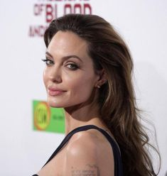 """los angeles - dec angelina jolie \in the land of blood and honey\"""" los angeles premiere on december 08 2011 in hollywood ca"""" Famous Girls, Famous Men, Celebrity News, Celebrity Style, Angelina Jolie Style, Angelina Jolie Young, Anna Griffin Cards, Rite Of Passage, Hair Game"""