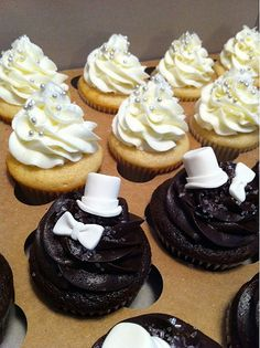 bride and groom cupcakes- such a cute idea :) definitely for a cupcake addict like mee :)