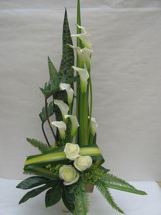 Contemporary Flower Arrangements, Tropical Floral Arrangements, Unique Flower Arrangements, Funeral Flower Arrangements, Ikebana Flower Arrangement, Floral Centerpieces, Tropical Flowers, Summer Flowers, Fresh Flowers